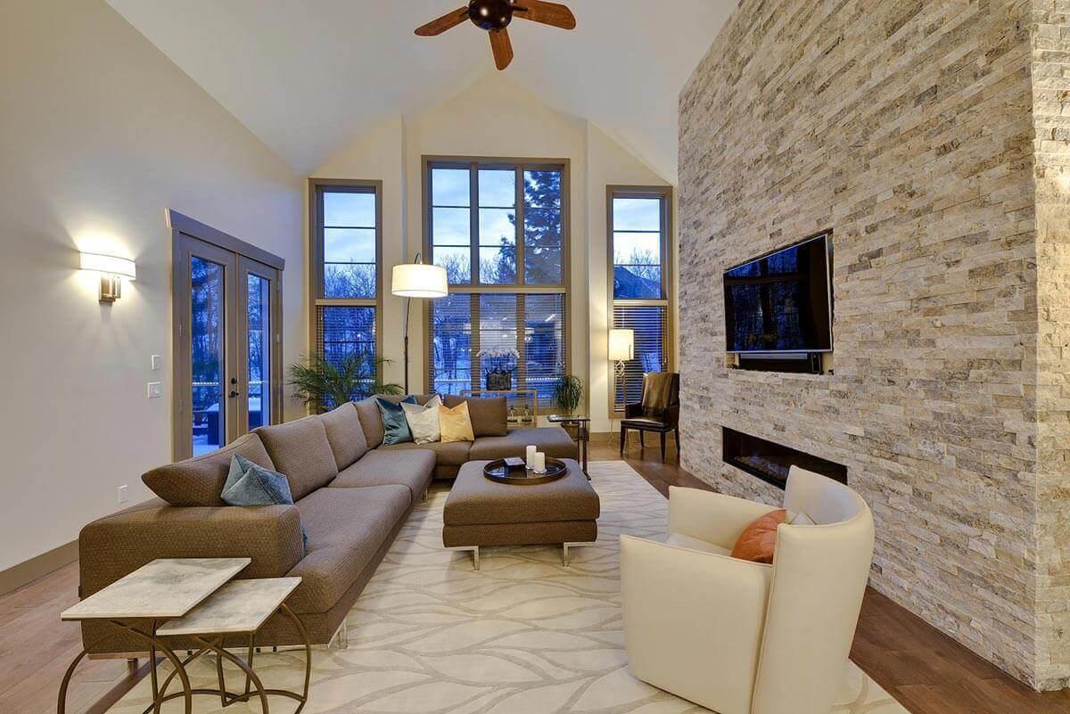 bonus-room-white-brick