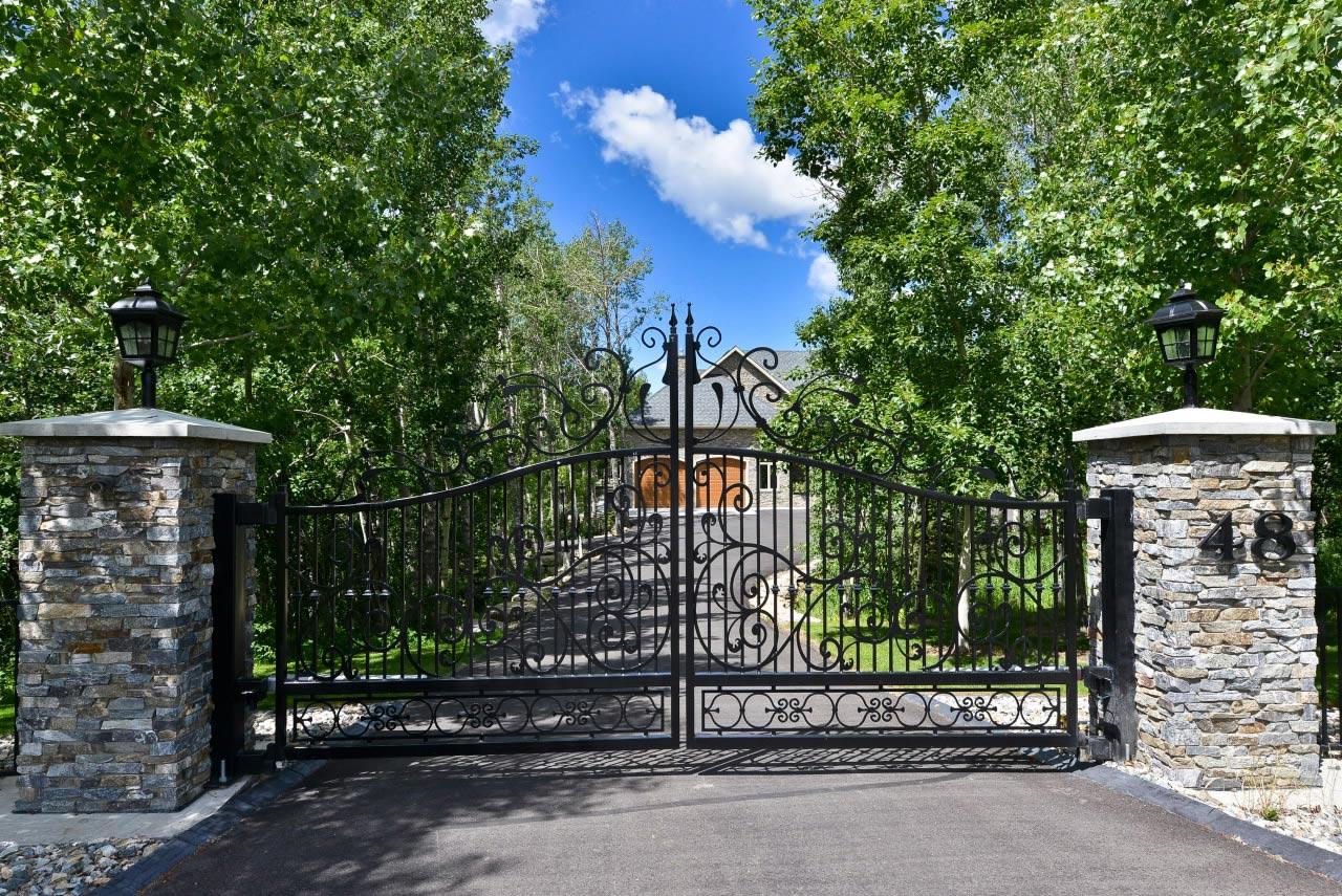 stonework-gate