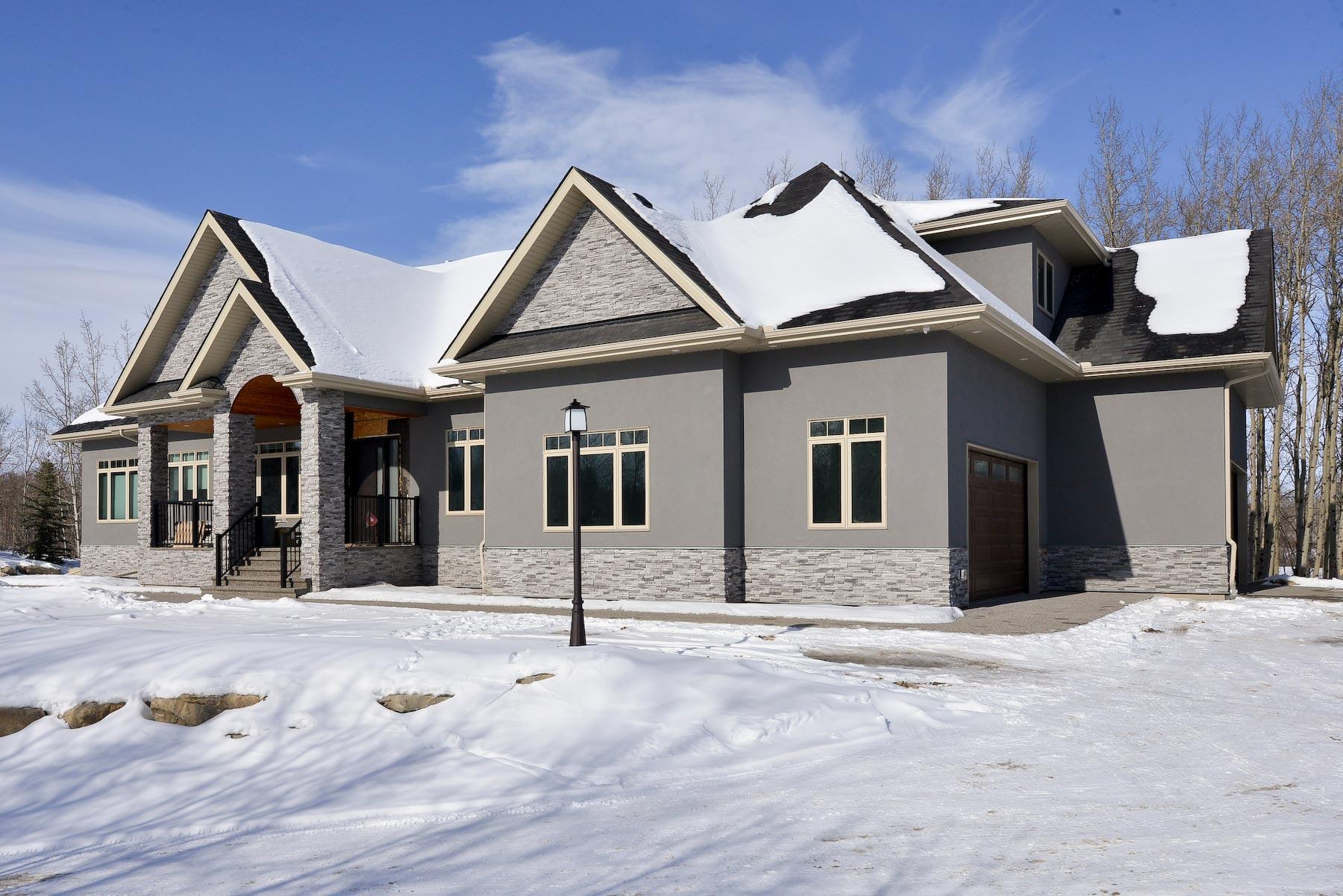 exterior-winter-light-grey